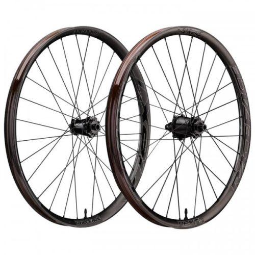 """Par de ruedas 29 Race Face Next R36 29"""" BOOST Carbon (12x148 mm)"""