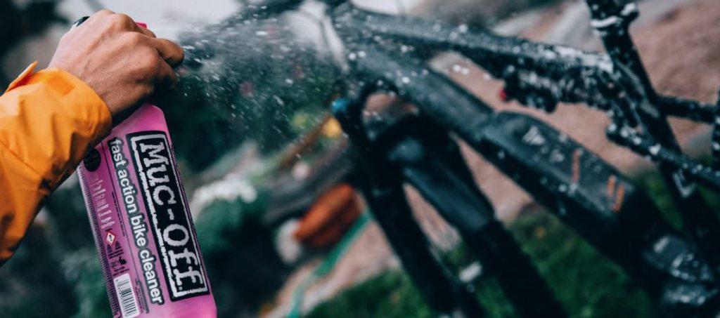 cómo limpiar una e-bike